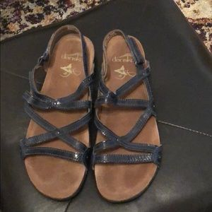 Dansko navy strappy sandal size 38 gently used